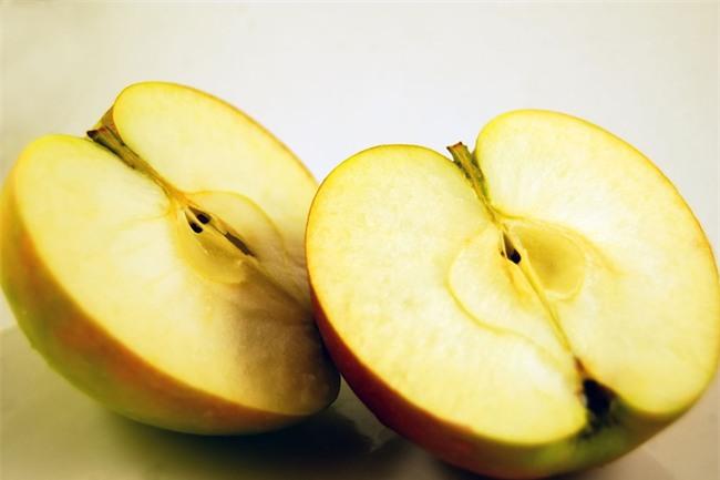 Có những loại trái cây dù rất ngon nhưng nếu ăn phải bộ phận này của nó sẽ cực kì nguy hại - Ảnh 2.
