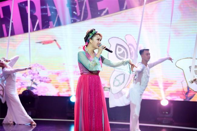 Phi Thanh Vân bị loại khỏi gameshow vì hát yếu, hụt hơi - Ảnh 1.