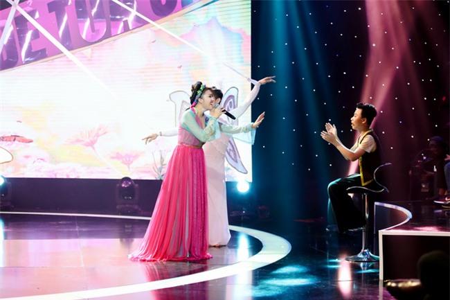 Phi Thanh Vân bị loại khỏi gameshow vì hát yếu, hụt hơi - Ảnh 2.