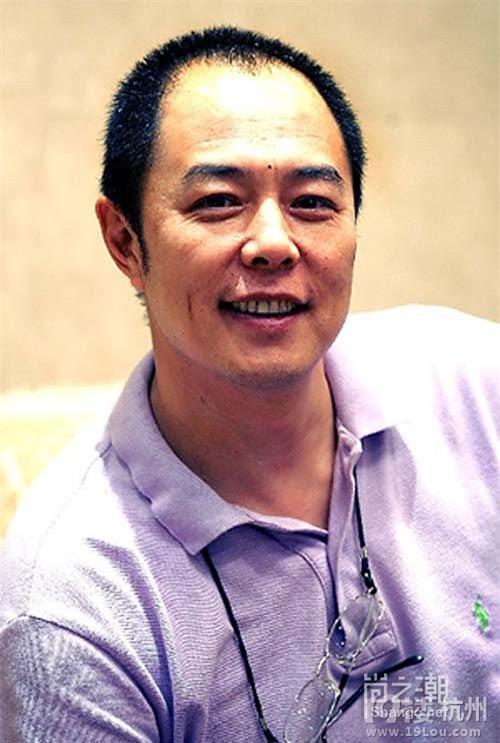 """""""Hoàng a mã"""" Trương Thiết Lâm: Phải đi tu ở tuổi 60 vì scandal tình ái và bỏ rơi con cái - Ảnh 2."""