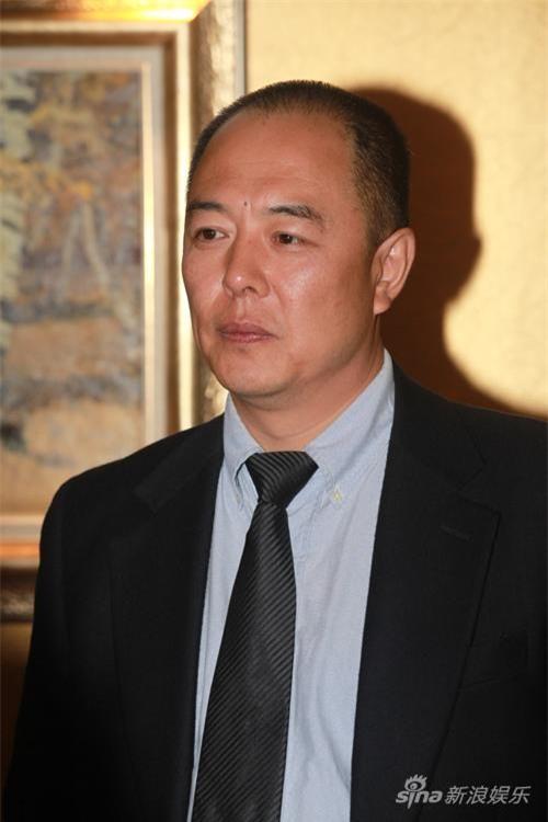 """""""Hoàng a mã"""" Trương Thiết Lâm: Phải đi tu ở tuổi 60 vì scandal tình ái và bỏ rơi con cái - Ảnh 7."""