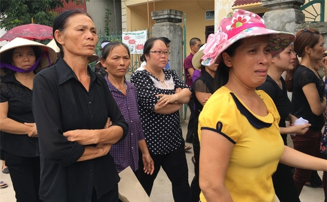 Vụ 4 người đuối nước ở Thường Tín: Vợ tưởng chồng đưa các cháu đi viện