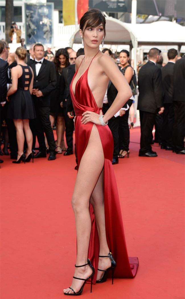 Bí quyết giữ dáng của siêu mẫu có phong cách thời trang táo bạo hàng đầu Victorias Secret - Ảnh 1.