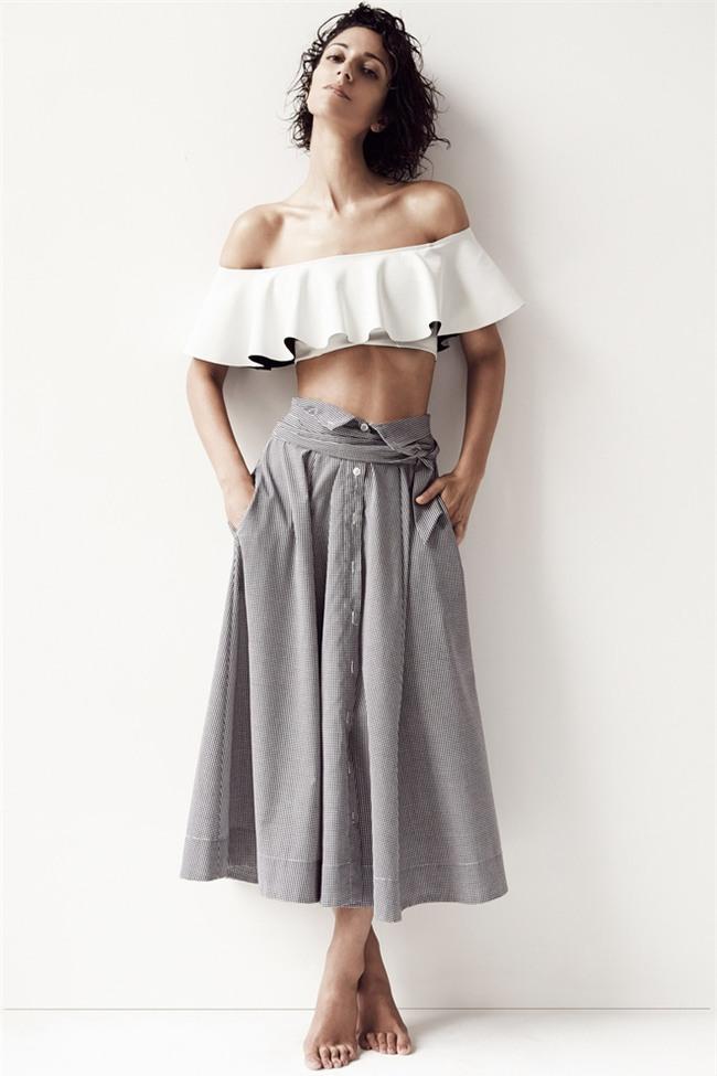 Đâu là chiếc áo diện cùng chân váy midi có thể nịnh dáng nhất - Ảnh 19.