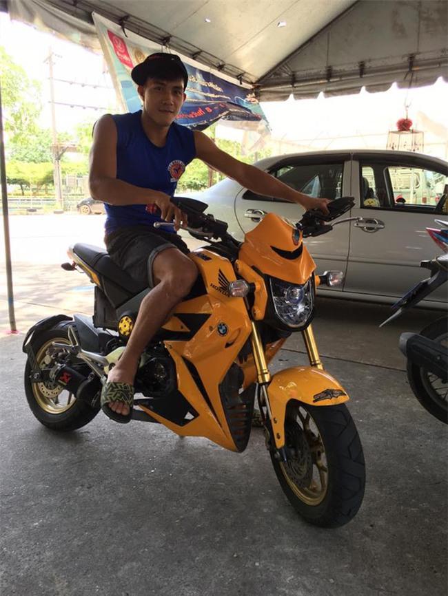 Độc cô cầu bại Nguyễn Trần Duy Nhất sở hữu bộ sưu tập xe motor khủng - Ảnh 2.