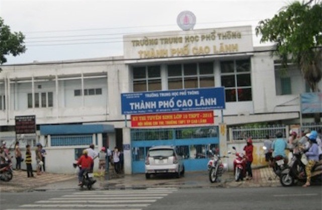Buoc thoi viec giao vien lam lo de thi lop 11 o Dong Thap hinh anh 1