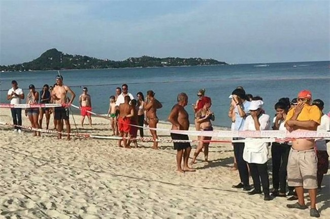 Xác chết bí ẩn vùi trong cát ở bãi biển nổi tiếng bậc nhất Thái Lan, du khách hoang mang tột độ - Ảnh 3.