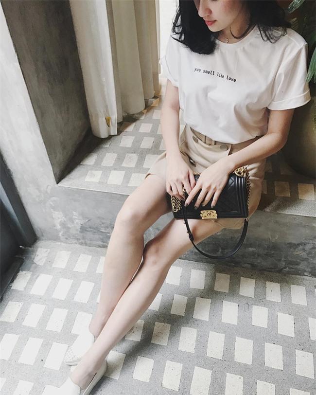 Kỳ Duyên trắng muốt, Ngọc Trinh trẻ như nữ sinh tận hưởng chuyến du lịch hè trong street style tuần qua - Ảnh 10.