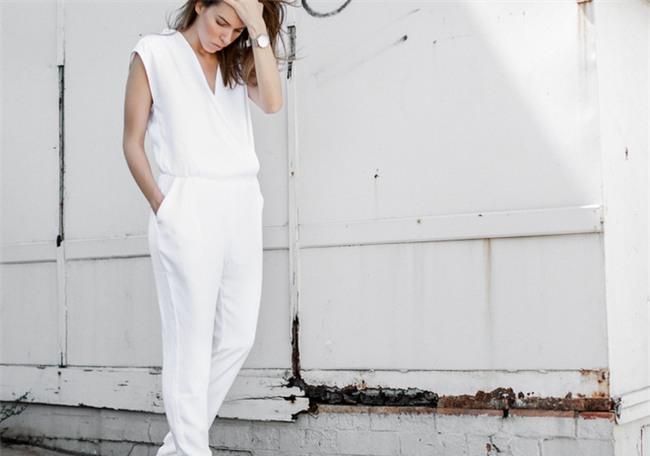 Đừng tưởng da trắng mới diện được màu nổi, da ngăm cũng diện được đồ màu mè mà đẹp hết sẩy - Ảnh 7.