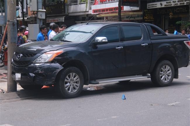 Tai nạn liên hoàn giữa trung tâm Đà Nẵng, 3 người thương vong - Ảnh 2.