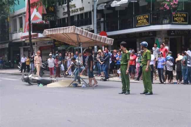 Tai nạn liên hoàn giữa trung tâm Đà Nẵng, 3 người thương vong - Ảnh 4.