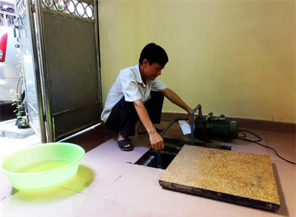 Hà Nội: Thiếu nước sinh hoạt, nhiều gia đình KĐT Đại Kim ngậm ngùi bỏ 3 triệu đồng/20 ngày mua nước sạch - Ảnh 6.