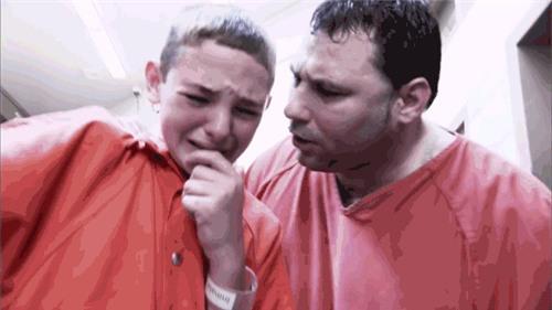 Con 13 tuổi ngỗ nghịch, gia đình cho đi tù 1 tháng và kết quả không ai ngờ - Ảnh 4.