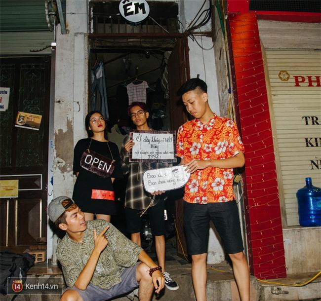 Giữa Hà Nội, có một quán cafe đang gây sốt vì tấm biển hiệu Ở đây không có wifi, hãy nói chuyện với nhau như năm 1992! - Ảnh 8.