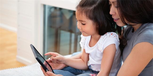 Những quan niệm sai lầm của cha mẹ về khả năng học ngoại ngữ của trẻ - Ảnh 2.