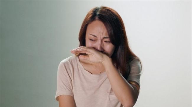 Phụ nữ giỏi đang phải đông lạnh trứng vì khó tìm chồng, chuyên gia khuyên họ bớt kén chọn - Ảnh 2.