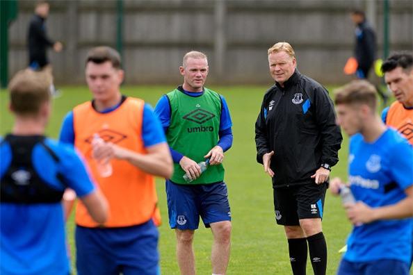 Rooney rang ro trong buoi tap dau tien cung CLB moi hinh anh 7