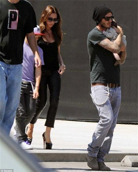 Harper Beckham: Công chúa tí hon trong vòng tay bố khiến cả thế giới phát cuồng giờ đã thành cô bé 6 tuổi phổng phao! - Ảnh 2.