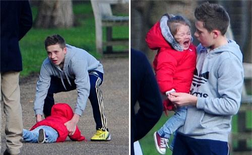 Harper Beckham: Công chúa tí hon trong vòng tay bố khiến cả thế giới phát cuồng giờ đã thành cô bé 6 tuổi phổng phao! - Ảnh 21.