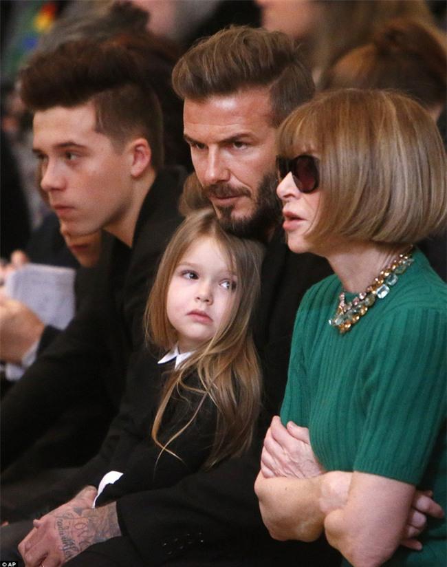 Harper Beckham: Công chúa tí hon trong vòng tay bố khiến cả thế giới phát cuồng giờ đã thành cô bé 6 tuổi phổng phao! - Ảnh 24.