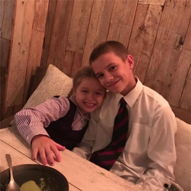 Harper Beckham: Công chúa tí hon trong vòng tay bố khiến cả thế giới phát cuồng giờ đã thành cô bé 6 tuổi phổng phao! - Ảnh 32.