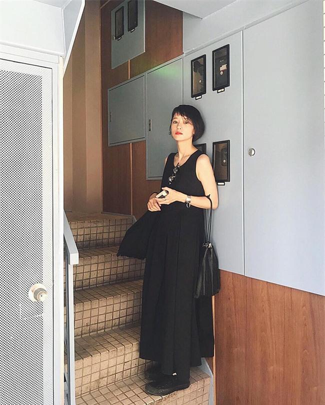 Muốn mặc đẹp như fashionista châu Á, hãy cứ trung thành với phong cách đơn giản! - Ảnh 13.