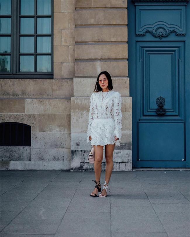 Muốn mặc đẹp như fashionista châu Á, hãy cứ trung thành với phong cách đơn giản! - Ảnh 15.