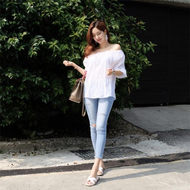 Muốn mặc đẹp như fashionista châu Á, hãy cứ trung thành với phong cách đơn giản! - Ảnh 8.