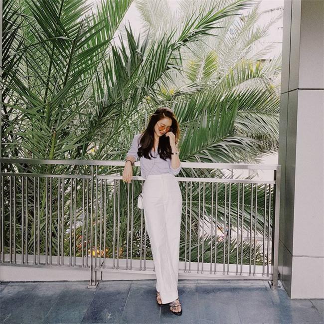 Muốn mặc đẹp như fashionista châu Á, hãy cứ trung thành với phong cách đơn giản! - Ảnh 9.