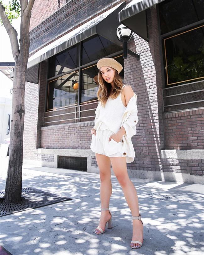 Muốn mặc đẹp như fashionista châu Á, hãy cứ trung thành với phong cách đơn giản! - Ảnh 19.