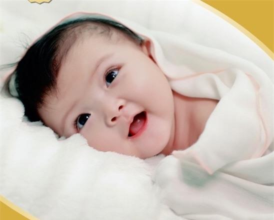 Những sai lầm có thể dẫn đến cái chết của trẻ sơ sinh trong phòng ngủ bố mẹ cần biết - Ảnh 4.