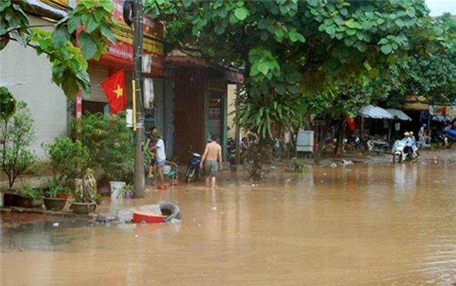 mưa lũ, sạt lở, ùn tắc giao thông, Yên Bái