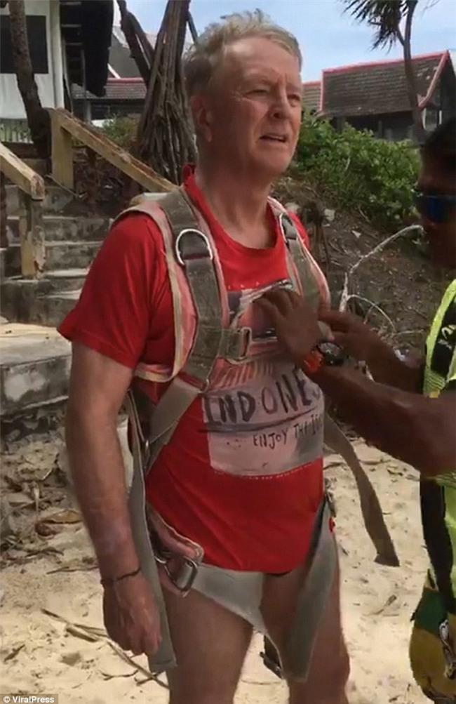 Thái Lan: Vợ vô tình quay lại toàn cảnh chồng thiệt mạng vì chơi dù bay trong kỳ nghỉ dưỡng ở Phuket - Ảnh 2.