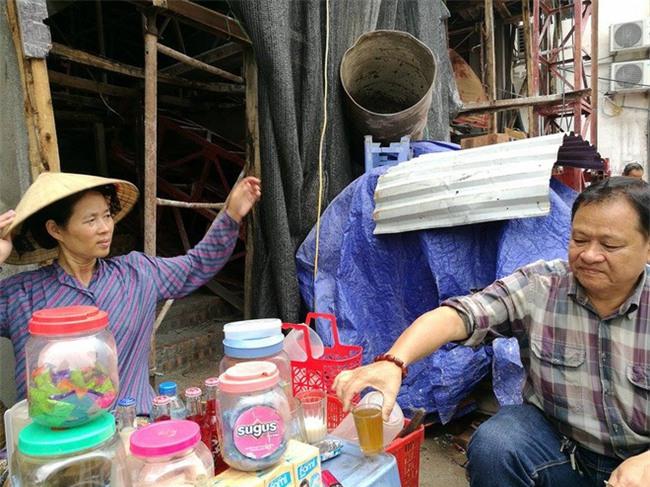 Vụ cô gái dùng nước rửa chân bán trà cho khách: Chủ nhân quán trà bất ngờ lên tiếng - Ảnh 3.