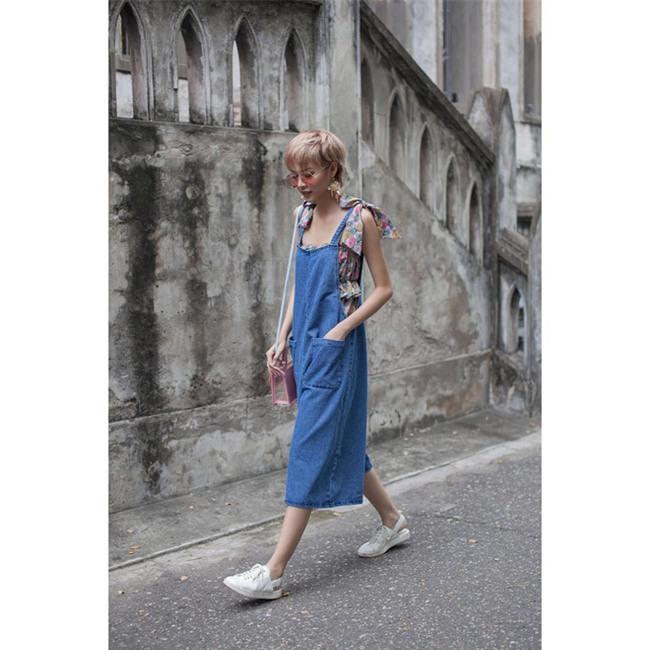 Hà Hồ và tình mới của Cường Đô la cùng mặc áo phông trắng, ai phong cách hơn ai - Ảnh 23.