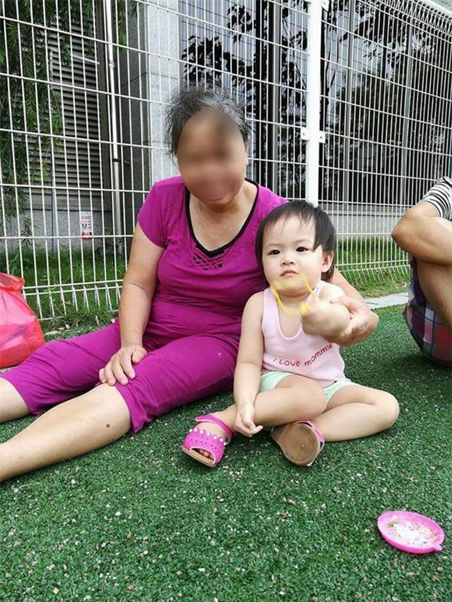 Cô chủ sống ở chung cư cao cấp khổ vì osin đánh con, cho ăn kiểu mớm mồi, trốn việc đi gom đồng nát - Ảnh 7.