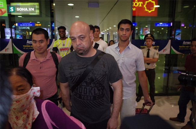 Võ sư Flores đến võ đường Vịnh Xuân ngay trong đêm, chờ ngày gặp ông Huỳnh Tuấn Kiệt - Ảnh 4.