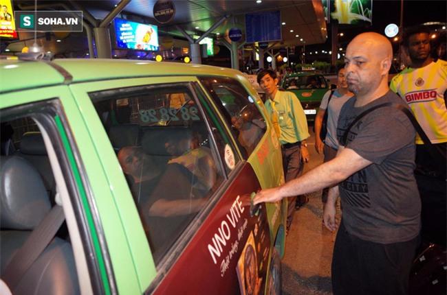 Võ sư Flores đến võ đường Vịnh Xuân ngay trong đêm, chờ ngày gặp ông Huỳnh Tuấn Kiệt - Ảnh 6.