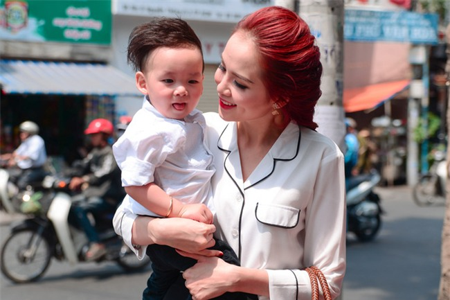 Hoa hậu Diễm Hương: Tôi phải đối mặt với căn bệnh 10 ngàn người chỉ một - Ảnh 2.