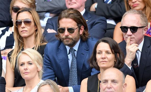 Dan khach VIP chung kien Federer lap chien cong vi dai hinh anh 8