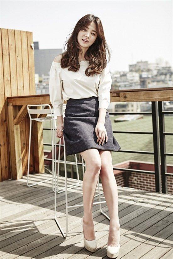Vóc dáng thấp bé nhưng Song Hye Kyo vẫn luôn mặc đẹp nhờ vào 5 bí kíp này - Ảnh 24.