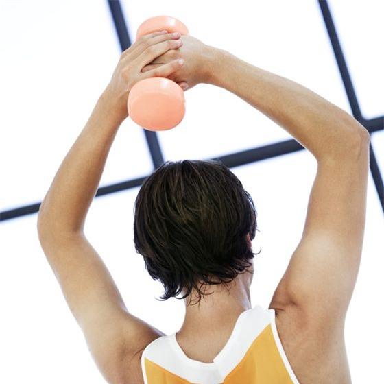 4 bài tập bả vai đơn giản giúp giảm đau vai, đẹp lưng, thon eo - Ảnh 8.