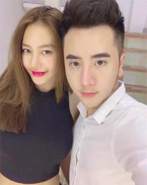 Linh Chi - Bạn gái Lâm Vĩnh Hải gây bất ngờ với dung nhan khác lạ - Ảnh 1.