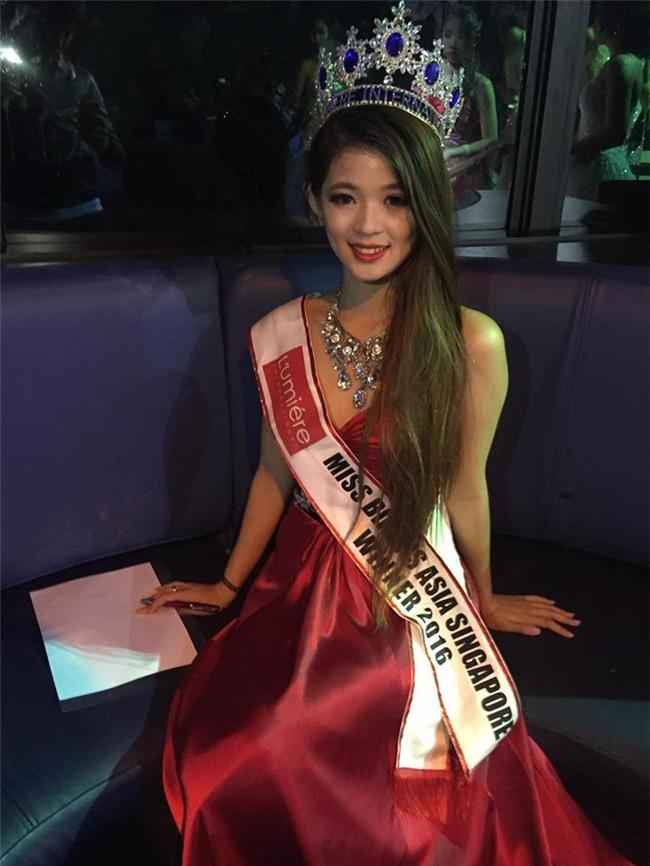 """Vỡ mộng vì mặt mộc, dáng """"một mẩu"""" của Hoa hậu Bikini châu Á 2016 - 11"""