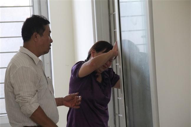 Vụ chìm tàu ở Nghệ An: Biển lặng rồi, về với mẹ con em đi anh - Ảnh 3.