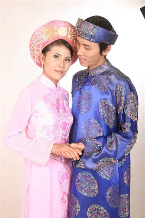 hanh phuc cua cap vo chong 'pha hong' 4 chiec xe may trong suot 10 nam de chua vo sinh - 1