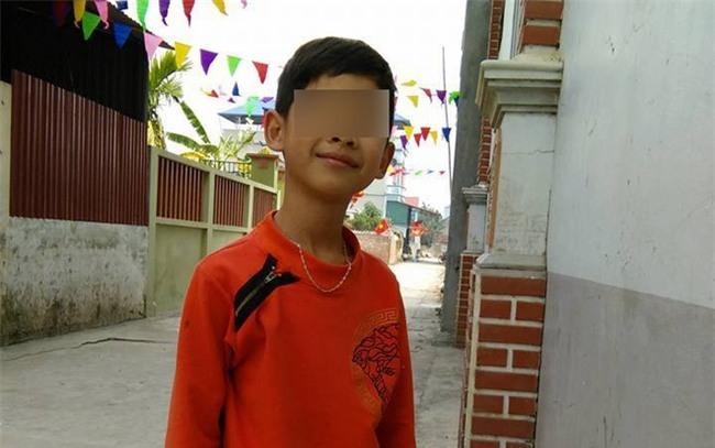 Hà Nội: Bé trai tử vong bất thường trong vườn, 1 tháng vẫn chưa tìm ra nguyên nhân - Ảnh 3.