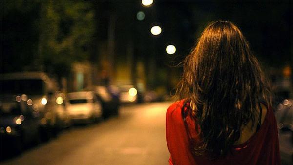 Mua nho đen, bánh ngoại đến ra mắt nhà bạn trai, cô gái hùng dũng bỏ về vì bị chê quà lởm - Ảnh 4.