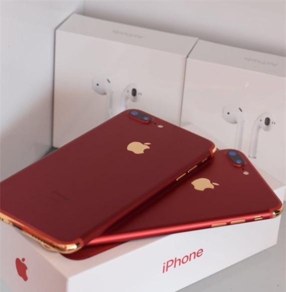 Tại thành phố xa hoa Dubai, iPhone cũng phải sang chảnh đến mức này mới chịu được - Ảnh 4.