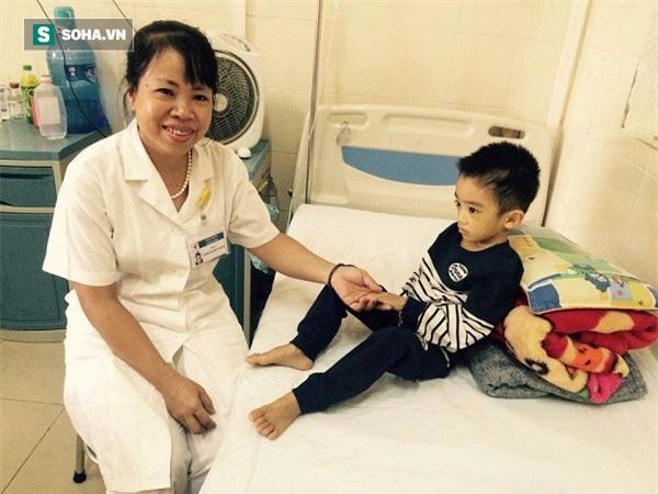 Tiến sĩ bệnh viện K: Người bệnh không tuân thủ điều trị gây ra biến cố y khoa đáng sợ nhất - Ảnh 2.